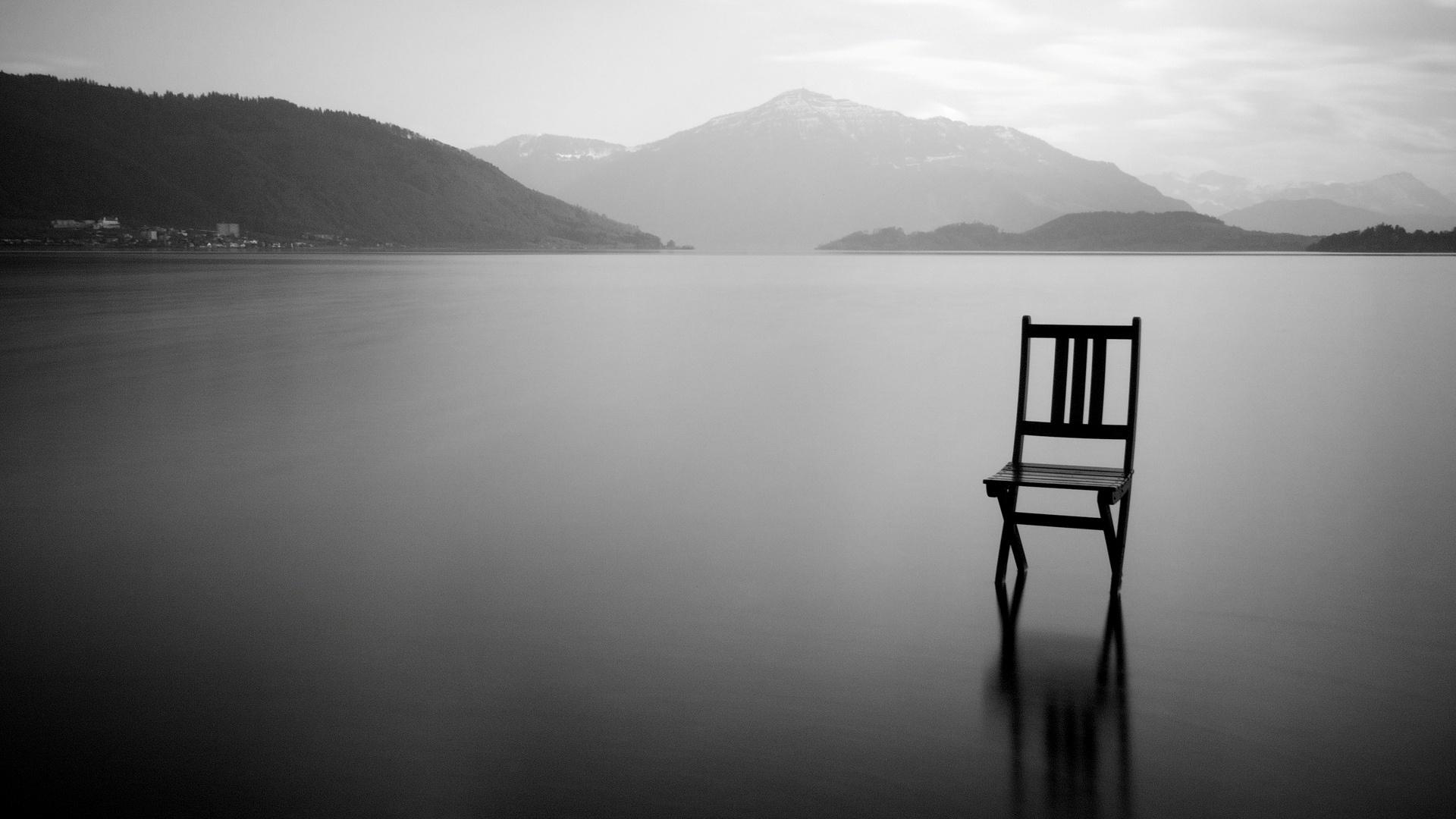 Légy csendben, és várj az Úrra! (Zsolt 37,7)